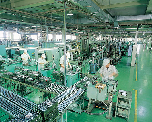 〜生産現場を訪ねて〜<br>ユキワ精工(新潟県小千谷市)<br>技術力向上、自社製設備  競争力高い製品づくり