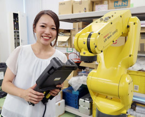 ふぁいと!!〜機械工具業界で活躍する女性たち〜 <br>山善 上嶋 彩香さん<br> 自由さが商社の魅力