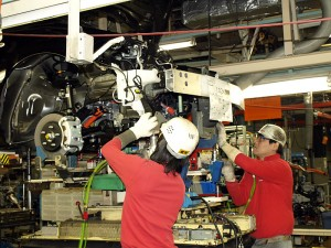 伝導の需要回復  伝導機商社  深耕営業で需要開拓