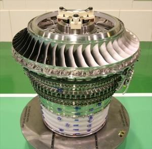 ①トレント1000エンジンの 中空圧縮機モジュール