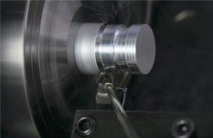 小型旋盤用工具の需要拡大<br>自動車、半導体向けの増加が背景
