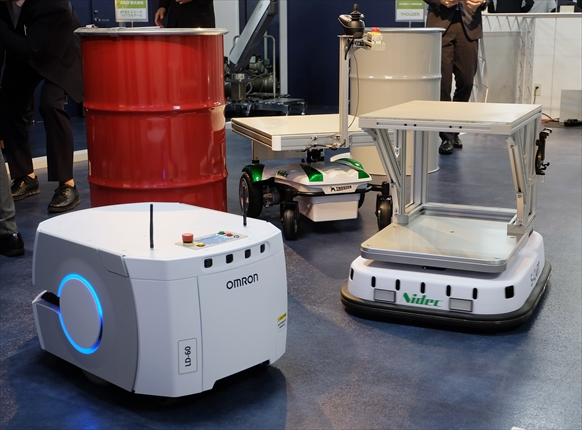 オリックス・レンテック ロボットラボ拡充<br>自動搬送ロボを常設